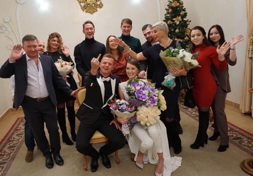Тарасов и Костенко сыграли свадьбу