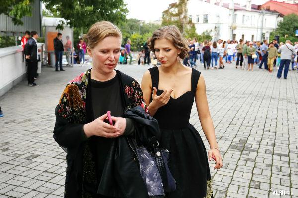 Лиза Арзамасова: кто муж и что связывает актрису с Газмановым?