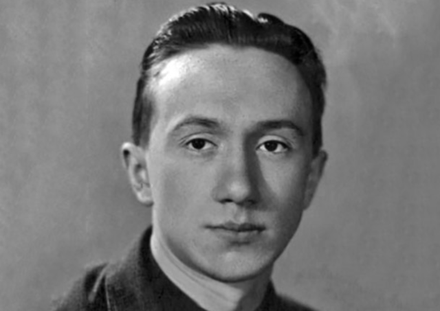 Алексей Смирнов актер