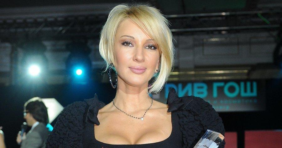 Лера Кудрявцева поделилась с поклонниками откровенным снимком