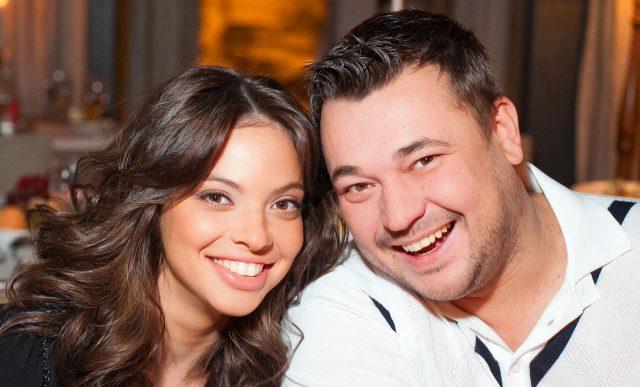 Сергей Жуков обвенчался со своей возлюбленной после 10 лет брака