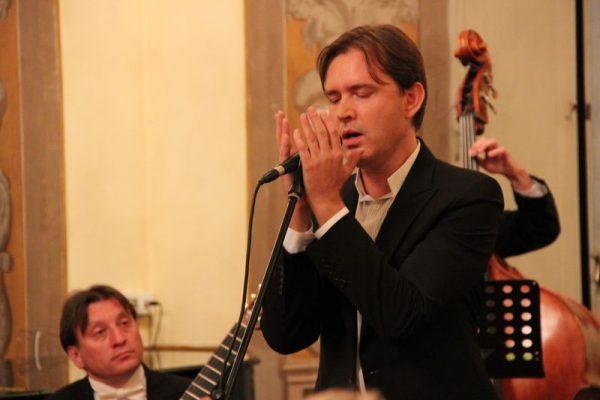 Олег Погудин: биография, личная жизнь, жена, дети (фото)