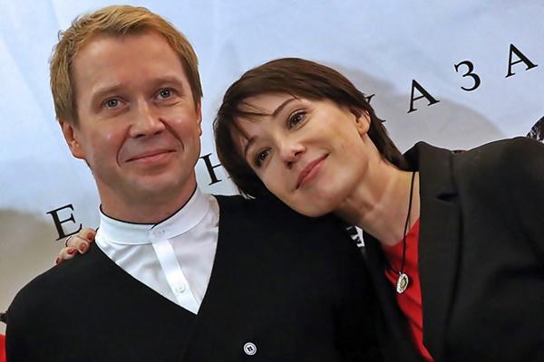 Личная жизнь и семья Евгения Миронова (фото)
