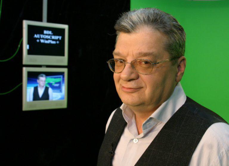 Александр Беляев не может ходить