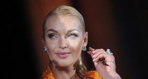 Анастасия Волочкова разделась догола перед поклонниками