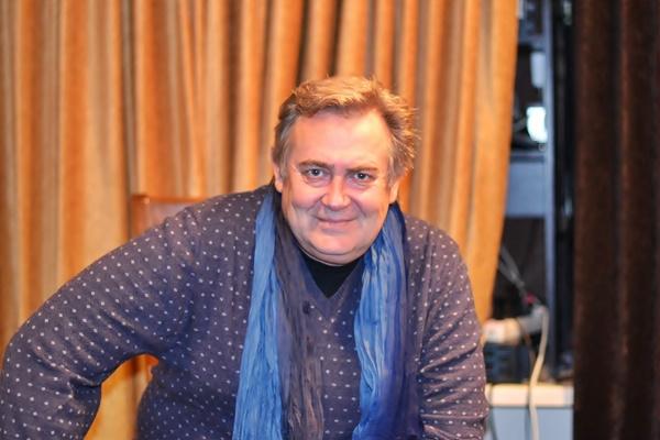 Юрий Стоянов: биография и личная жизнь с женой и детьми, фото актера театра и кино