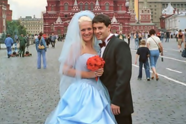 Биография Антона Макарского: личная жизнь, жена, дети, знаменитые роли в кино