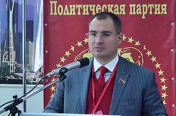 Биография Максима Сурайкина: громкие скандалы и нетрадиционная ориентация