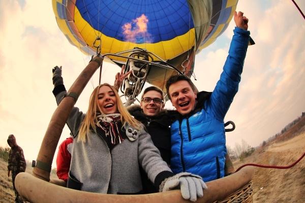 Дмитрий Комаров: личная жизнь популярного телеведущего
