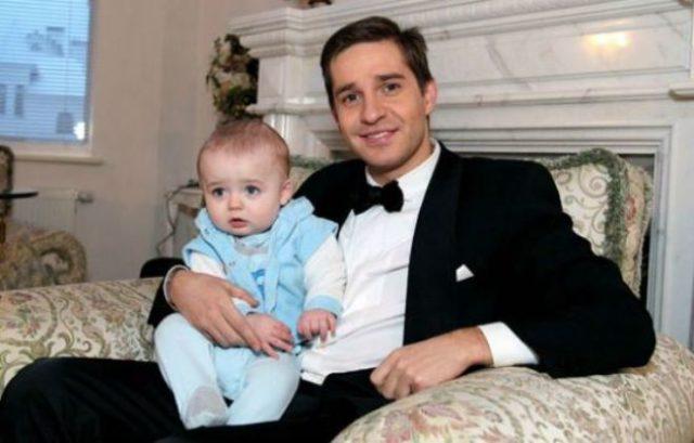 Александр Ратни ков с сыном