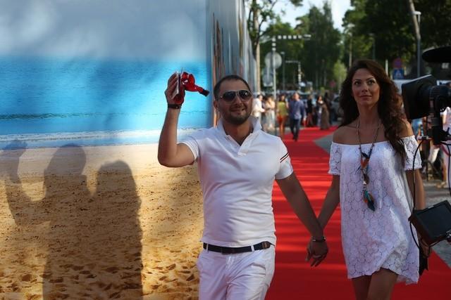 Карибидис с женой