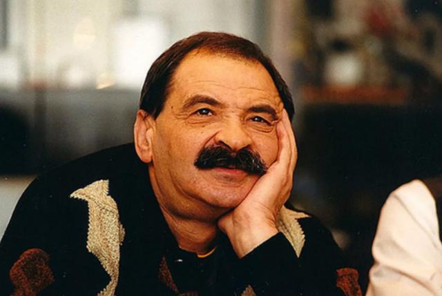 Биография и личная жизнь грустного клоуна Ильи Олейникова